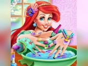 Play Mermaid Princess Nails Spa Game on FOG.COM
