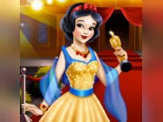 Play Snow White Hollywood Glamour Game on FOG.COM